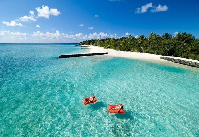 SUMMER ISLAND 2